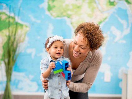 Emprego como Babysitter: uma oportunidade de trabalho