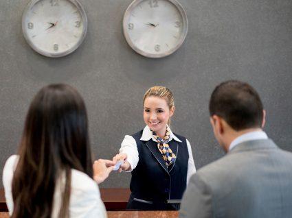 Emprego como Recepcionista: tudo o que precisa de saber