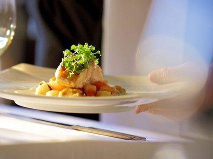 Emprego em restaurante: o que precisa de ter e saber