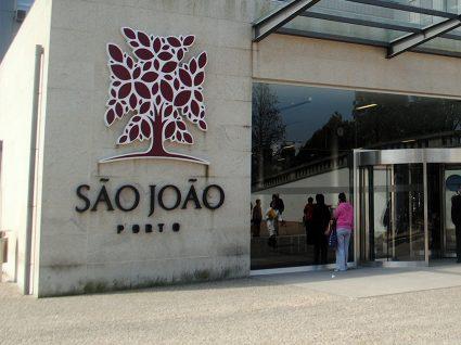 Hospital São João está a admitir pessoal médico