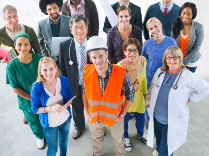 Falta de emprego? Não na Alemanha. Há 30 mil vagas de emprego disponíveis.