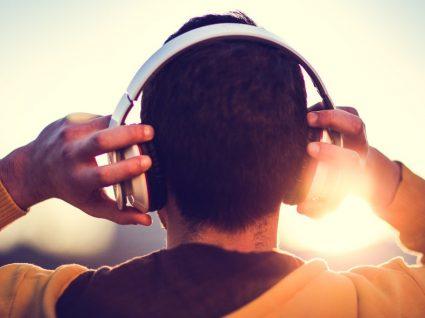 Os 7 melhores headphones com isolamento de ruído