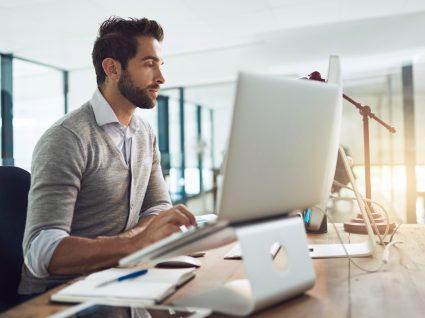 6 equipamentos ergonómicos que vai querer ter no seu escritório