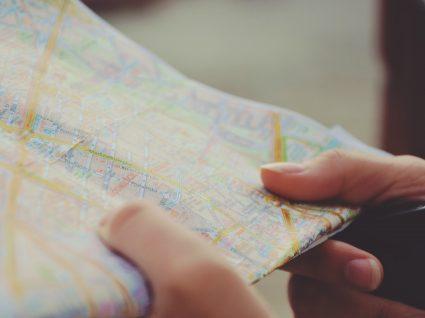 4 esquemas de viagem enganosos e como evitá-los
