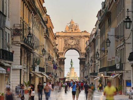 Estagiar em Lisboa obriga a remuneração mínima de 650 euros