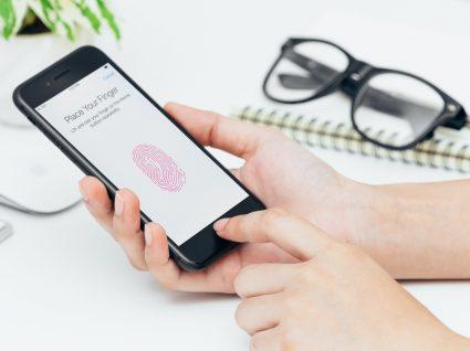 4 dicas para evitar que o seu telemóvel seja espiado