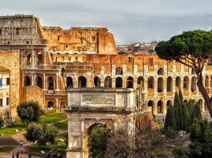 Já é possível visitar o Coliseu de Roma à noite