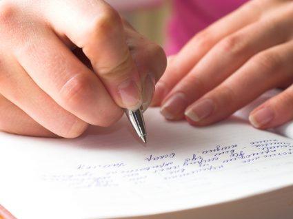 Onde encontrar exemplos de reclamações no livro de reclamações