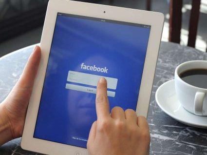 Quer descobrir o que o Facebook sabe sobre si?