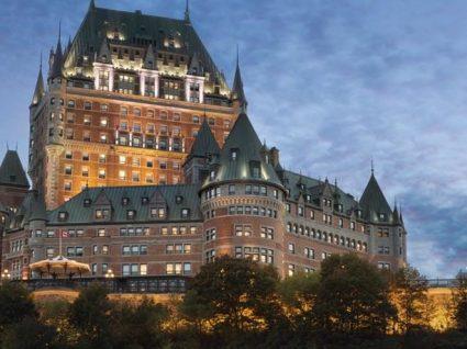 Os 8 melhores hotéis em castelos para dormir como um rei