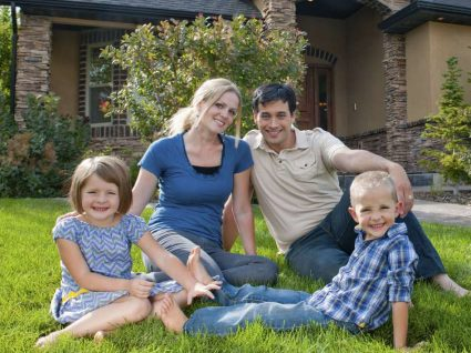 Famílias com filhos gastam em média mais 44%