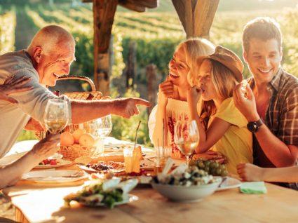 Como poupar na alimentação em férias: 5 dicas