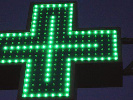 Farmácias vão entregar remédios urgentes à noite