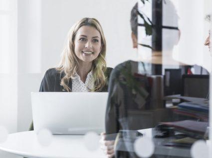 10 erros fatais numa entrevista de emprego