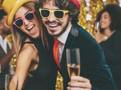 Como transformar o jantar de Ano Novo em casa num evento memorável