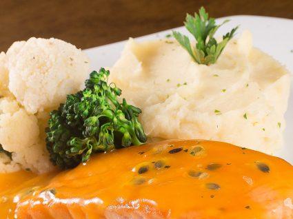 Bacalhau com molho de maracujá: deliciosamente original