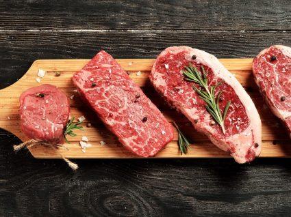 Seleção de 4 pratos típicos com carne