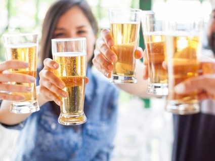 4 cidades onde pode encontrar a cerveja mais barata da Europa