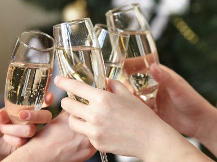 8 coisas que não deve fazer na festa de Natal da empresa