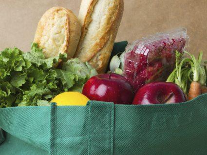 Troque descartáveis por reutilizáveis: 8 truques para poupar