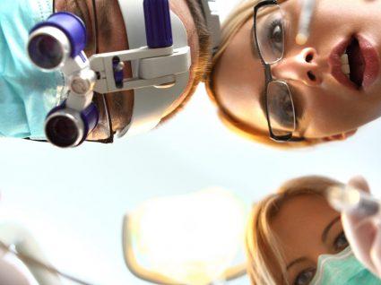 7 regras de etiqueta no dentista que não deve descuidar