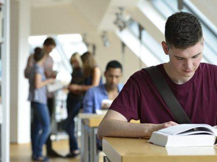 Conheça as melhores universidades por área de estudo