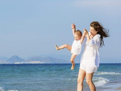 Guia de férias para mães: dicas para dias sem stress