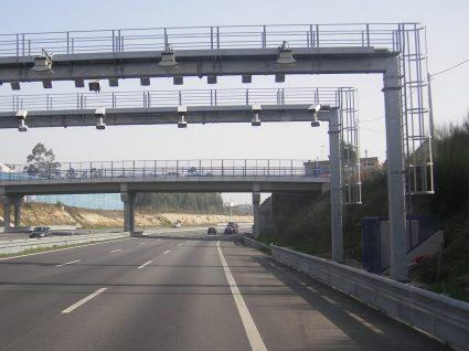Há 300 mil condutores espanhóis que passaram nas autoestradas portuguesas sem pagar