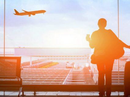 Como encontrar os voos mais baratos para este verão