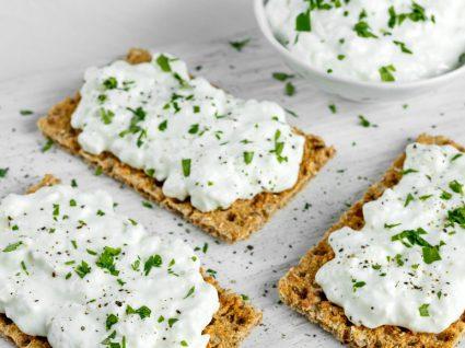 Patê de queijo: 3 receitas rápidas de chorar por mais