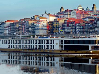 Novo hotel da Douro Azul gera 80 vagas de emprego