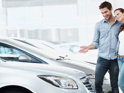Como comparar os custos de um carro novo e usado