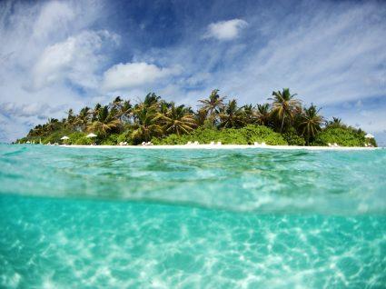 Conheça a ilha que é um exemplo no turismo sustentável