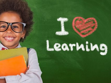 Importância de aprender inglês na infância: 6 vantagens