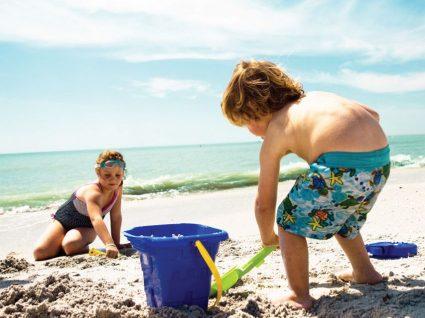 10 dicas para ir à praia com as crianças sem stress