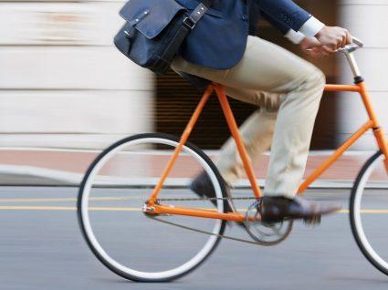 6 vantagens em ir de bicicleta para o trabalho