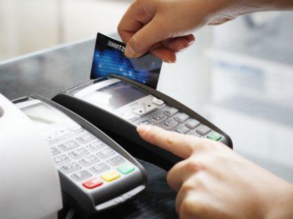 Devolução de dinheiro após compra: saiba quando pode exigir