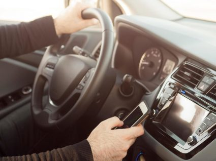 Condutores distraídos: quem são e o que fazem