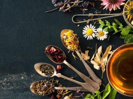 Os 4 melhores chás para constipação