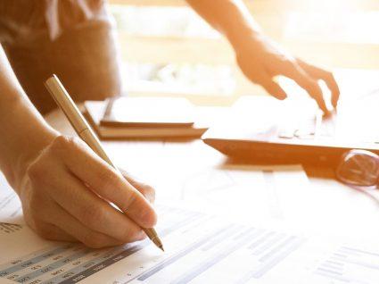 Como negociar despesas mensais em 4 passos