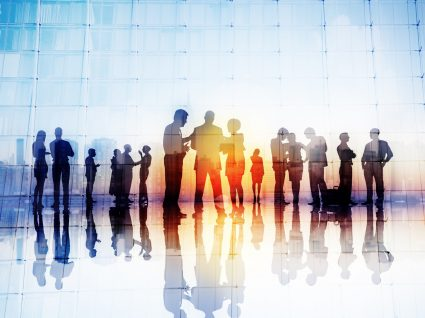 Associação profissional: vantagens e desvantagens de aderir