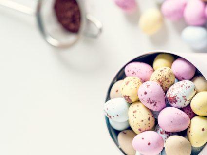 3 receitas de ovos de chocolate caseiros para oferecer aos afilhados