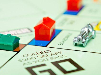 E se o jogo do Monopólio lançasse uma versão com notas verdadeiras?