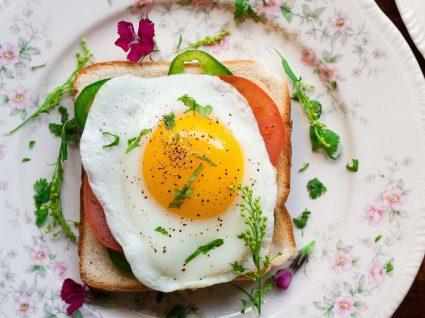 Como saber se o ovo está estragado: 5 métodos infalíveis