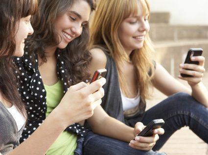 Jovens portugueses enviam mais de 100 sms por dia!