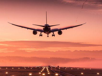 Companhias aéreas: quais as situações em que podem ter de o compensar?