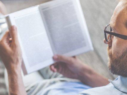 Quantos livros podemos ler se renunciarmos às redes sociais?