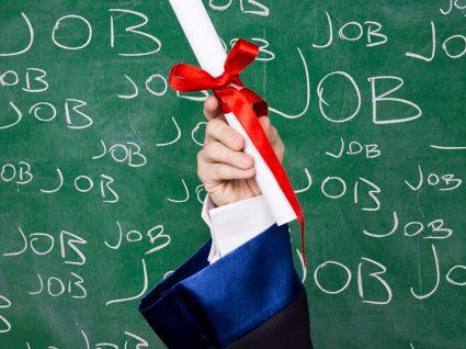 O que os licenciados desempregados precisam de ter na ponta da língua
