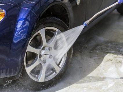 Como limpar as jantes do carro passo a passo