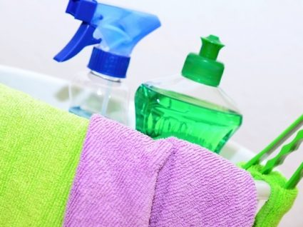 Como usar vinagre nas limpezas de primavera